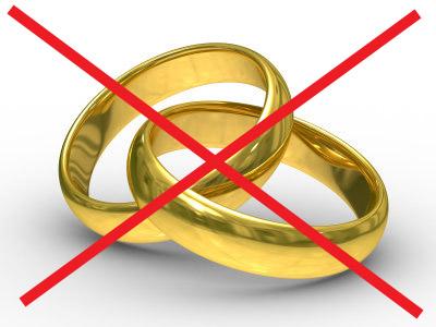 Le mariage n'est pas envisagé dans les unions SDF.